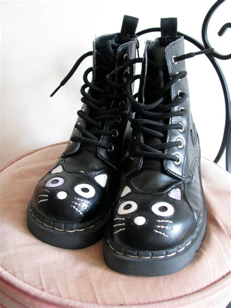 vegan combat boots vintage vegan doc style combat boots with cats by
