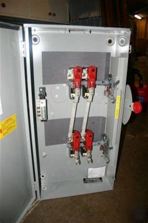 Cutler Hammer 200 Amp Generator Manual Transfer Switch