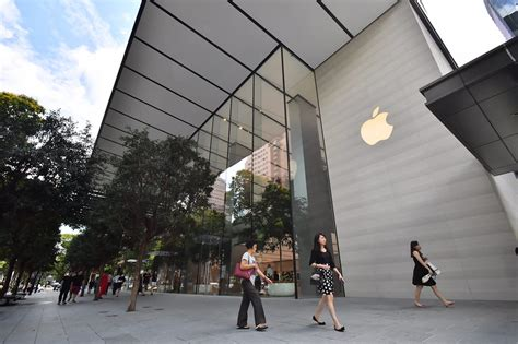 apple reseller singapore apple orchard road store unveiled tech news top stories