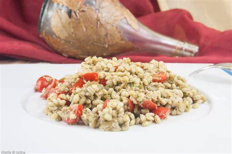 ricette cucina genovese insalata di orzo e tonno al pesto genovese ricette di cucina