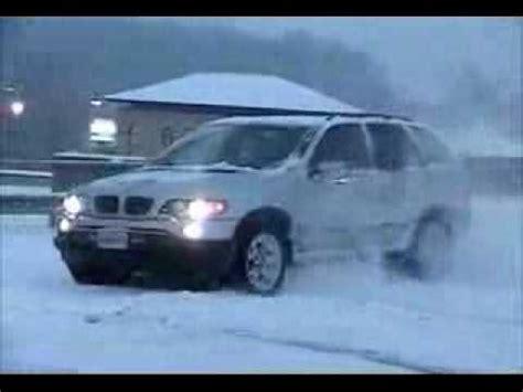 bmw x5 snow bmw x5 in the snow