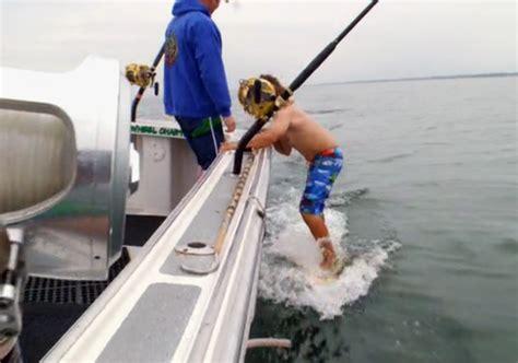 wicked tuna boat sinks wicked tuna season 4 premier recap the gloucester clam