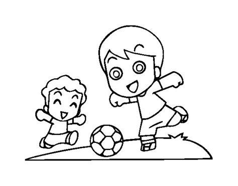 imagenes para pintar futbol dibujo de f 250 tbol en el recreo para colorear dibujos net