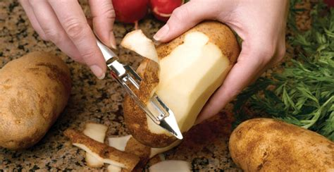 Good Quality Kitchen Knives by Vegetable Peeler
