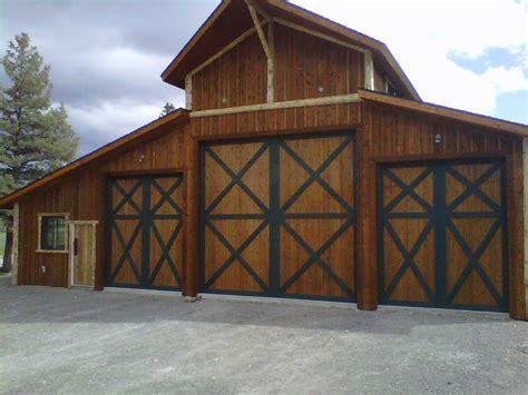 Super Duper Custom Home Garage Custom Garage Barn Door Garage Barn Doors