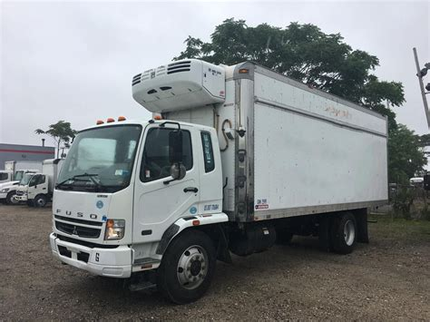 mitsubishi fuso truck mitsubishi fuso trucks for sale used trucks on buysellsearch