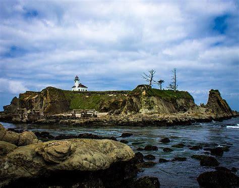 coos bay lights lighthouse island coos bay oregon nix photography
