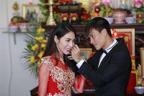 noi buon sau tien cuoi dinh kien phong nh 224 sao việt nổi bật trong những đ 225 m cưới của năm 2014
