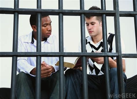 juvenile detention a guard s perspective books what skills do i need for forensic psychology