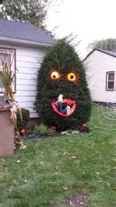 Natural Halloween Decorations 31 Creepy And Cool Halloween Yard D 233 Cor Ideas Digsdigs