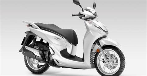 scooter pedana piatta honda sh300i abs il pi 249 amato e costoso