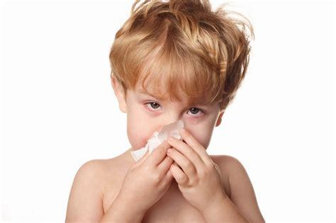 cortar hemorragia nasal salud infantil epistaxis o sangrado nasal frecuente