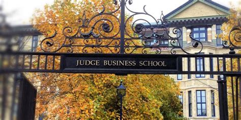 Cambridge Judge Mba by Cambridge Judge Business School Go Out Do Something