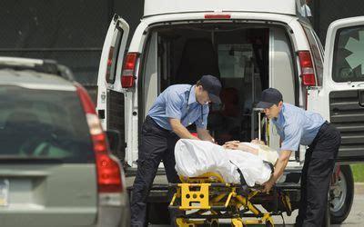 What Do Paramedics Do To Help Save Lives