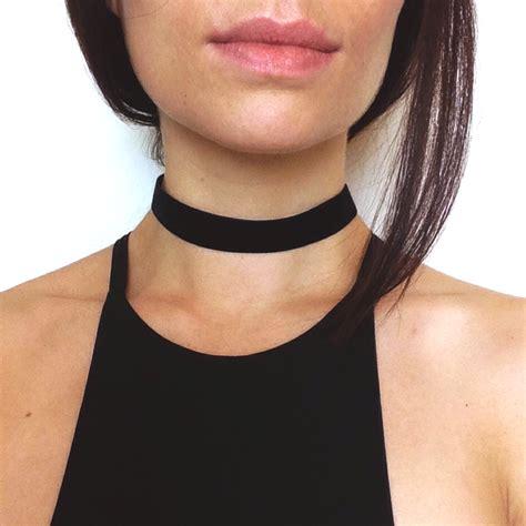 black basic velvet choker necklace wide band 90s