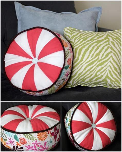 Sprocket Pillow by Throw Patchwork Pillow Tutorial Pillow Cover Tutorials