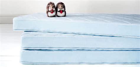 träumeland matratzen materassi per neonati e salvamaterassi per i piccolini