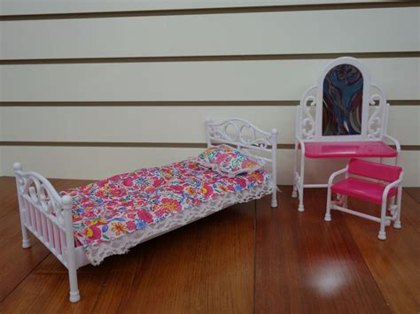 barbie bedroom furniture gloria barbie size furniture 9314 bedroom set ebay