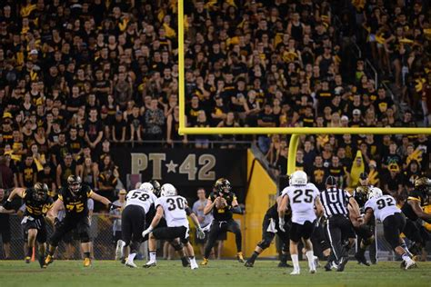 Usa Today Sports Section by Asu Football New Student Section Comes With Benefits Challenges House Of Sparky
