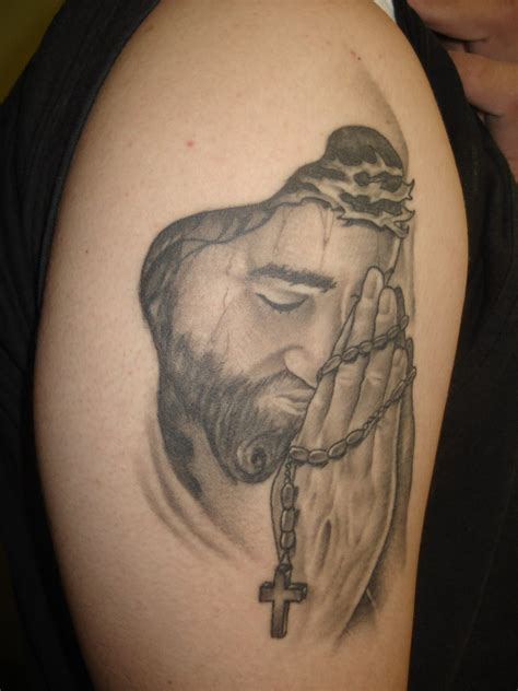 Jesus Rosary Tattoo | most amazing jesus christ wearing crown of thorns tattoo