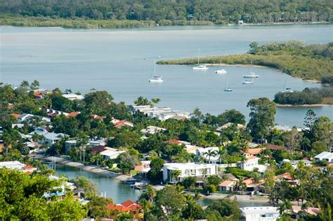 luxury homes noosa photo of luxury houses on the waterfront at noosa free