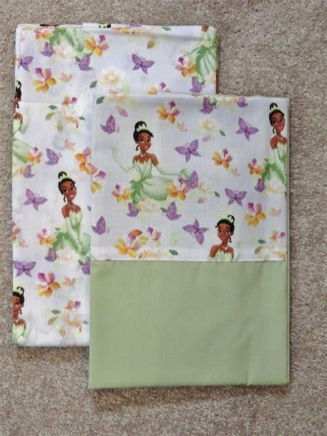 Disney Princess Crib Sheet by Crib Toddler Sheet 2pc Set Disney S Princess In