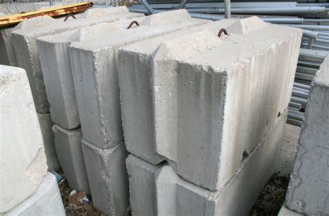 Tent ballast: 2,000lbs 2'x2'x4' bunker block rental