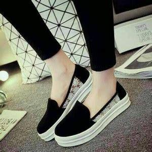 Sepatu Wanita Flat Shoes Pita Sdb50 Terbaru Murah 1 sandal teplek wanita model terbaru murah flat poppy