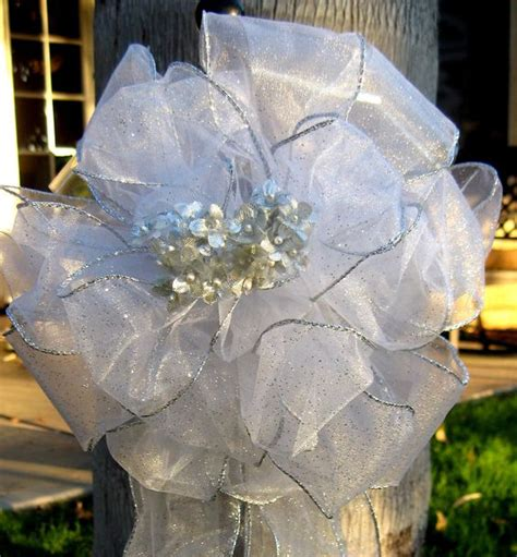 Wedding Arch Bows by Wedding Aisle Decorations Arches And Chairs On