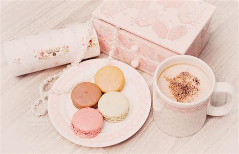 girly macaron wallpaper pastel girly cute pink macaroons dessert coffee