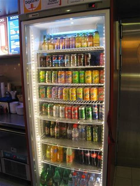 vitrines armoires 192 boissons r 201 frig 201 r 201 es en ile de