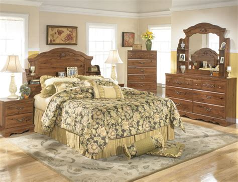 Country Decorations For Bedroom by Country Cottage Style Bedrooms
