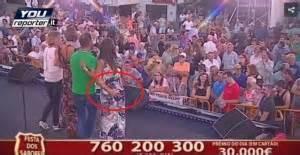 palpare il sedere portogallo presentatore palpa sedere a valletta in
