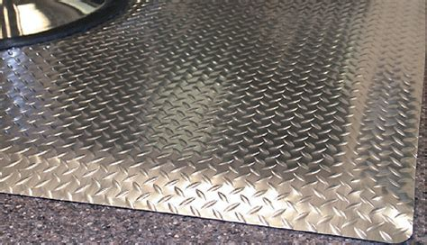 Diamond DeckPlate Salon Mats   Anti Fatigue Salon Chair