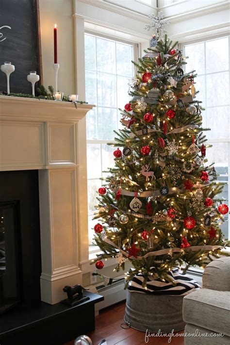 home decorated christmas trees christmas tree decorating how to get the look finding