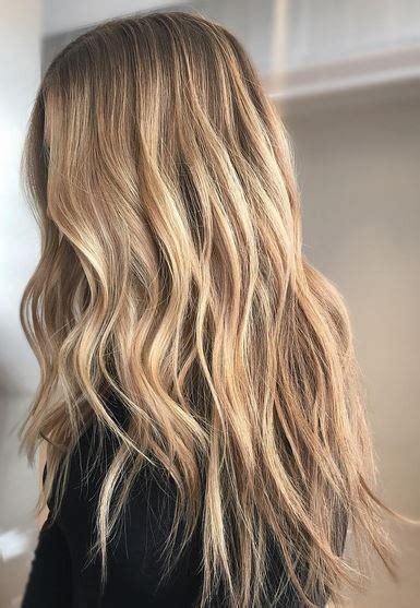 how to put honey lowlights in blonde hair honey blonde mane interest
