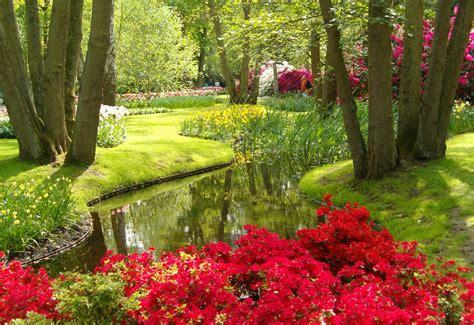Beautiful Flower Gardens Photos Beautiful Flower Gardens Of The World Garden Idea Gardens Beautiful Beautiful