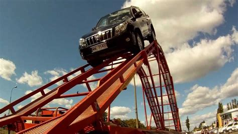 Roller Coaster Cars new toyota landcruiser 150 in rollercoaster car ジェットコースターのトヨタ