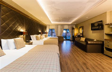 st hotel room 18 st s day in liverpool signature living