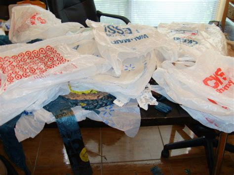 how to make a rug from plastic grocery bags how to make a rug from plastic grocery bags