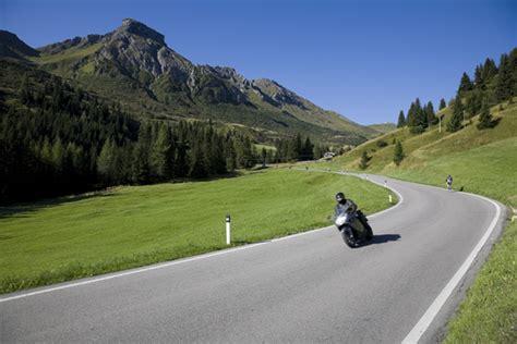 Motorradfahren Unsicher by Motorradurlaub Im Salzburger Land Hotel Happy Filzmoos