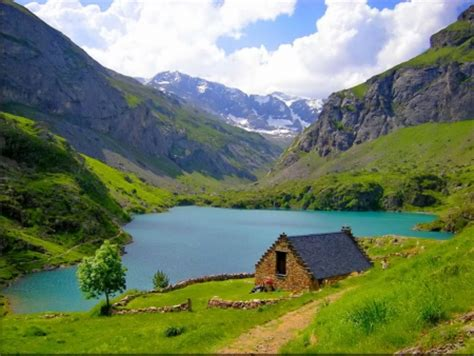 cottage in mountains mountain cottage mountains nature background