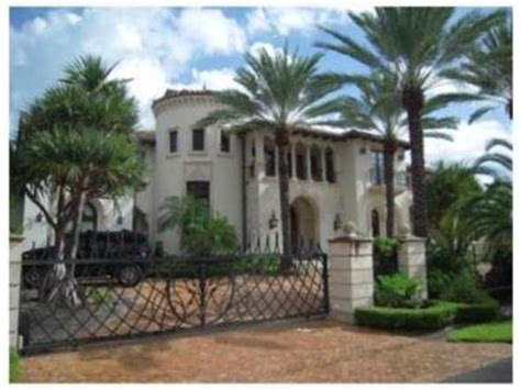 scottie pippen house house of the day scottie pippen and his real housewife put their 16 million mansion up for