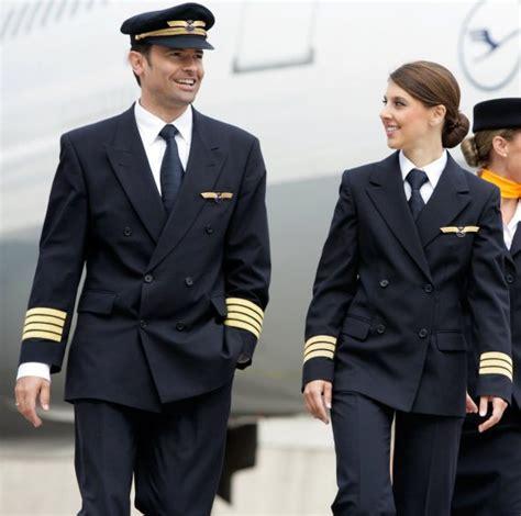 I Am Pilot pilot austrian wings