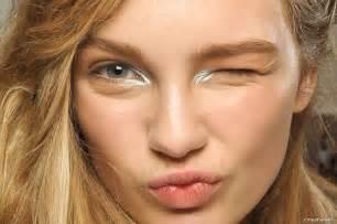 bold metallic makeup 5 minutes count
