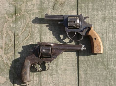 Handmade Pistol - ammo and gun collector home made guns don t try this at