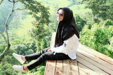 tutorial berhijab ala ria ricis 10 style hijab ala ria ricis simpel dan mudah ditiru