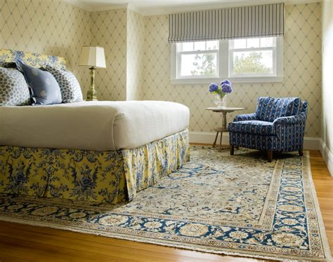 Bedroom Rugs And Carpets Antique Bedroom Rug Weave A Sense Of Luxury And Intimacy