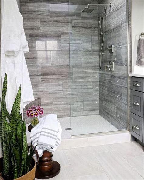 piatto doccia da incasso oltre 25 fantastiche idee su bagno con doccia su