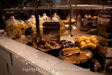 Bacchanal Buffet At Caesar S Palace Restaurant Info And Caesars Palace Buffet Reservation